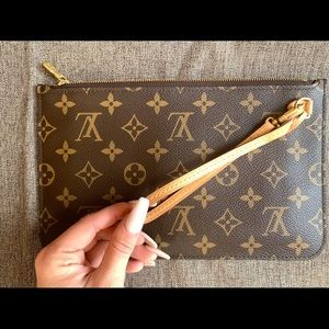 Monogram Louis Vuitton Wristlet